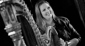 fiona-holsford-wedding-harpist