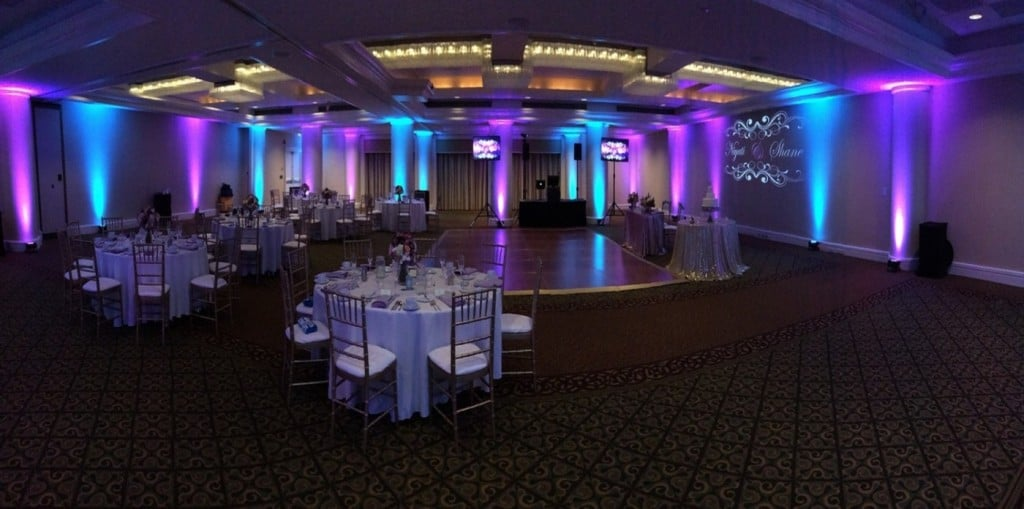 sussex-wedding-dj-uplighting-hire-hilton-hotel-brighton-1024x509